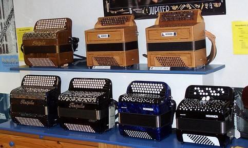 Ariv woodwind and accordion repair shop in caudan bretagne woodcraft brass repairs - Reparation telephone lorient ...